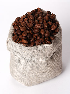 coffee beans and a sisal bag